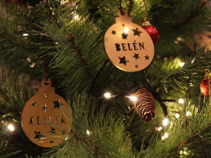 Bola Navidad - Alicia y Belén
