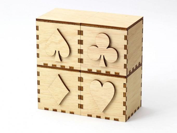 Kajhuchä Q-Box Poker apilado 2x2