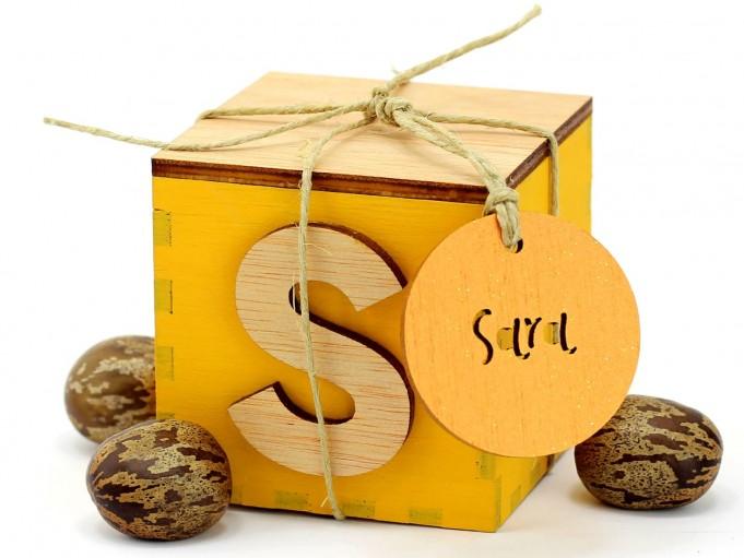 Etiqueta redonda con agujero - naranja - Sara