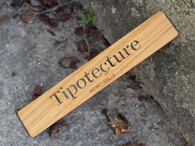 Marcapáginas Textus - cerezo - Tipotecture