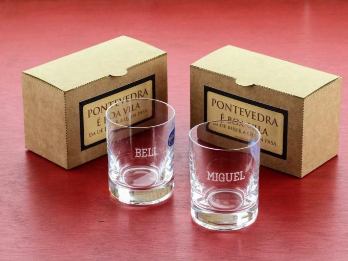 2 vasos de chupito en cajita regalo